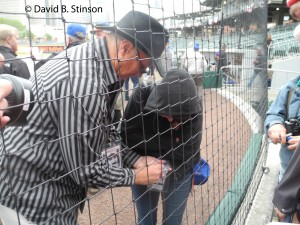 Former Charlotte Oriole and Baltimore Oriole Pitcher Sammy Stewart Signs Autographs In The Rain